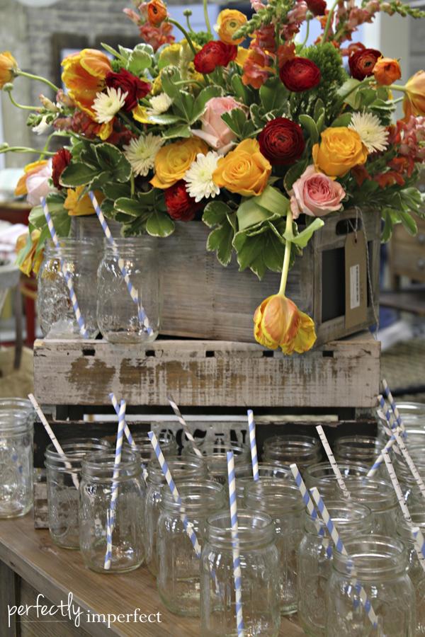 flower_arrangement_mason_jars
