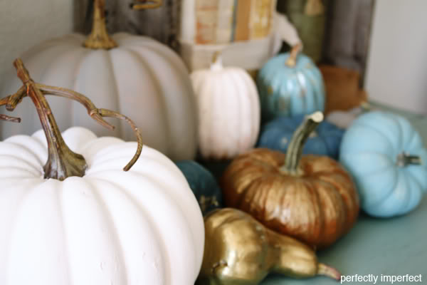 chalk_paint_pumpkins_3