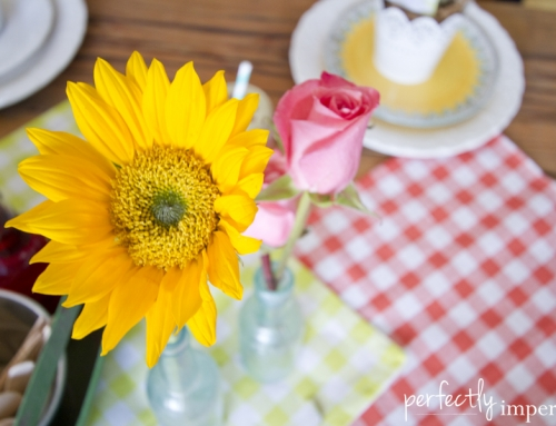 Simple Spring Tablescape for the Real-Life Hostess (& a Free Printable for you)