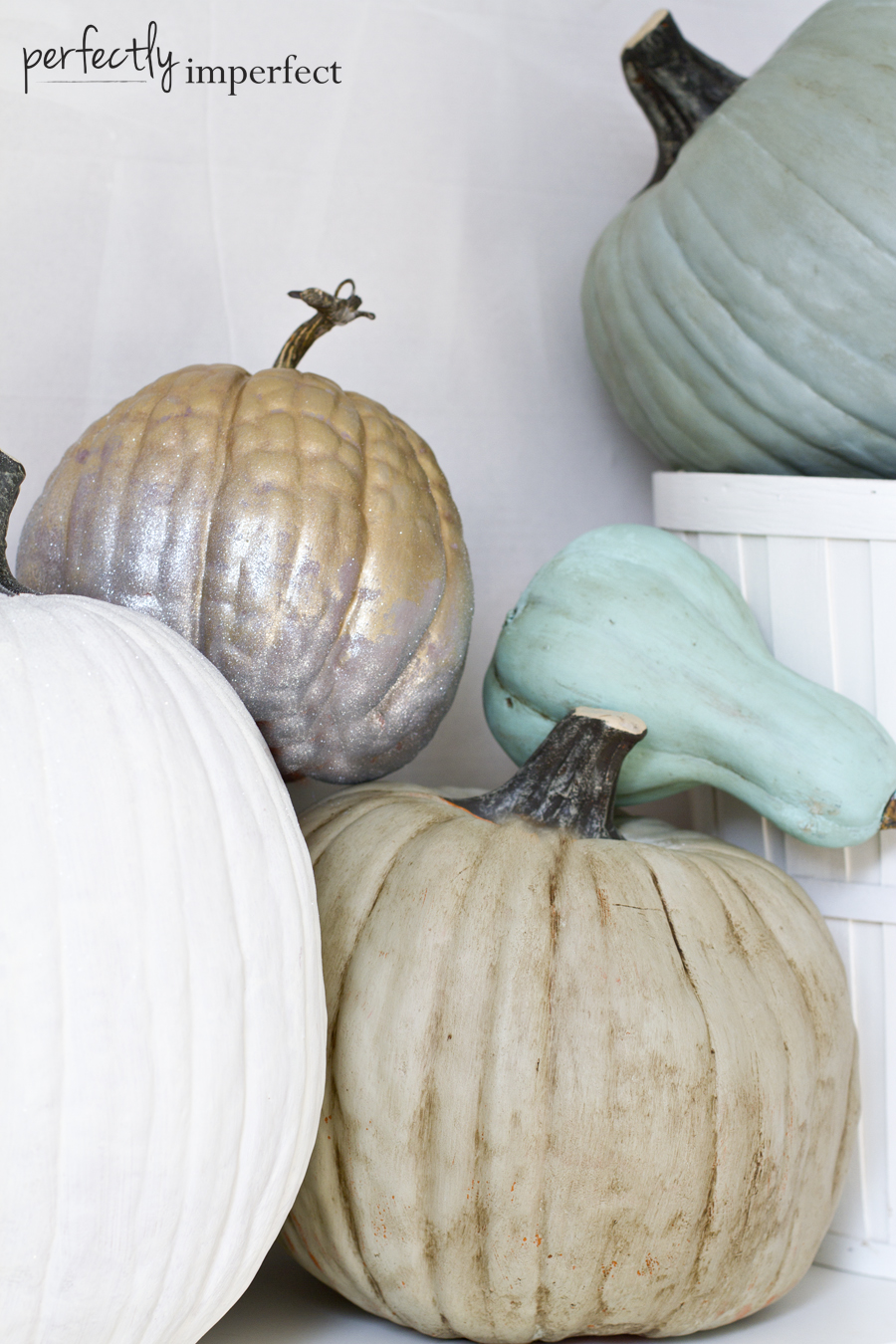 Fall Crafts: How to Paint Pretty Pumpkins
