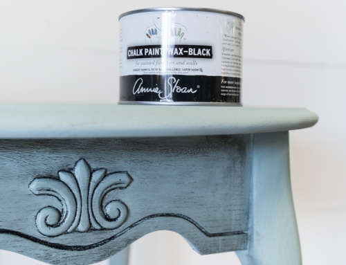 Oak Side Table Makeover with Black Chalk Paint Wax